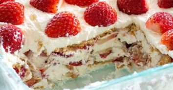 Fresh Strawberry and Whipping Cream No Bake Cake
